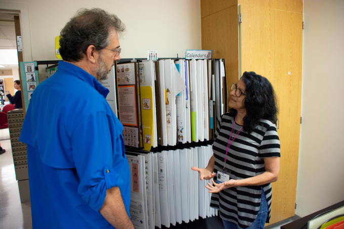 Man and woman discuss the use of diagrams in therapy